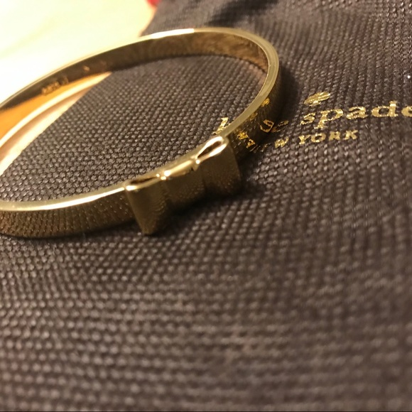 🌿2/$33🌿 Kate Spade Bow Bracelet- Gold